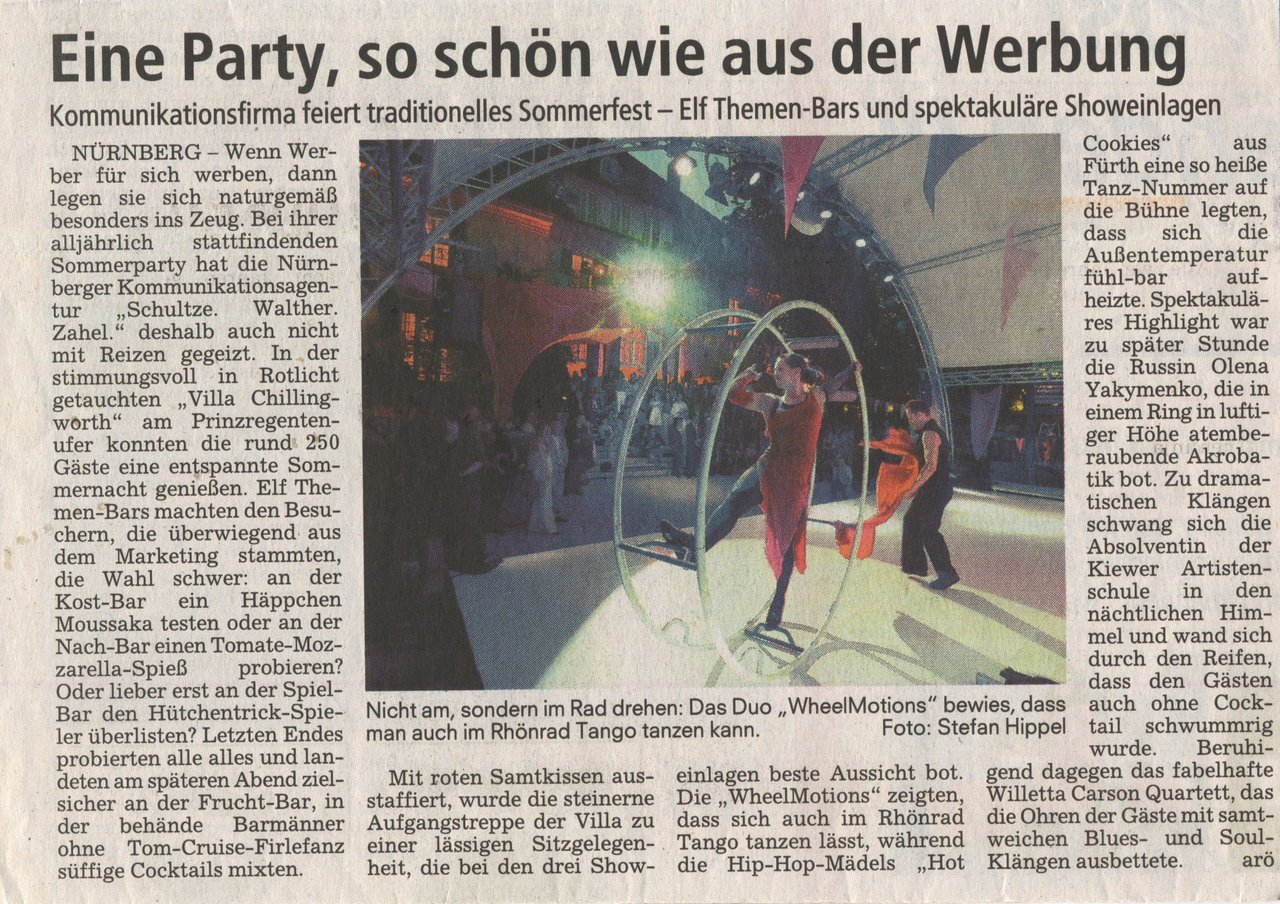 Sonntagsblitz newspaper reports the summer party of the Schultze - Walther - Zahel communications agency in Nuremberg, where the Willetta Carson Quartet performed jazz and blues openair